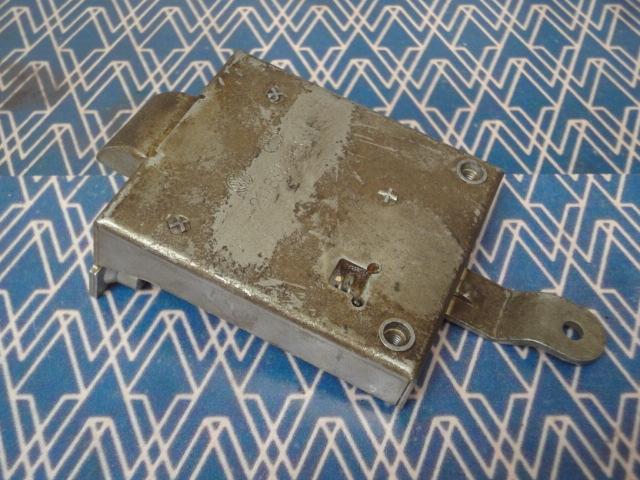 type 2 61-63 NOS front door lock mechanism, left – Clover NOS Parts